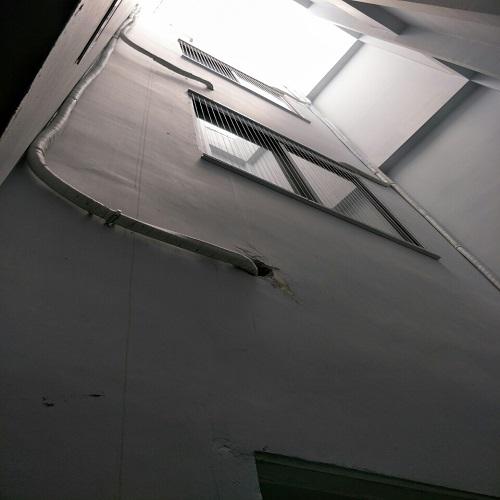 lưới an toàn được Nguyên Việt gia cố tại cửa sổ