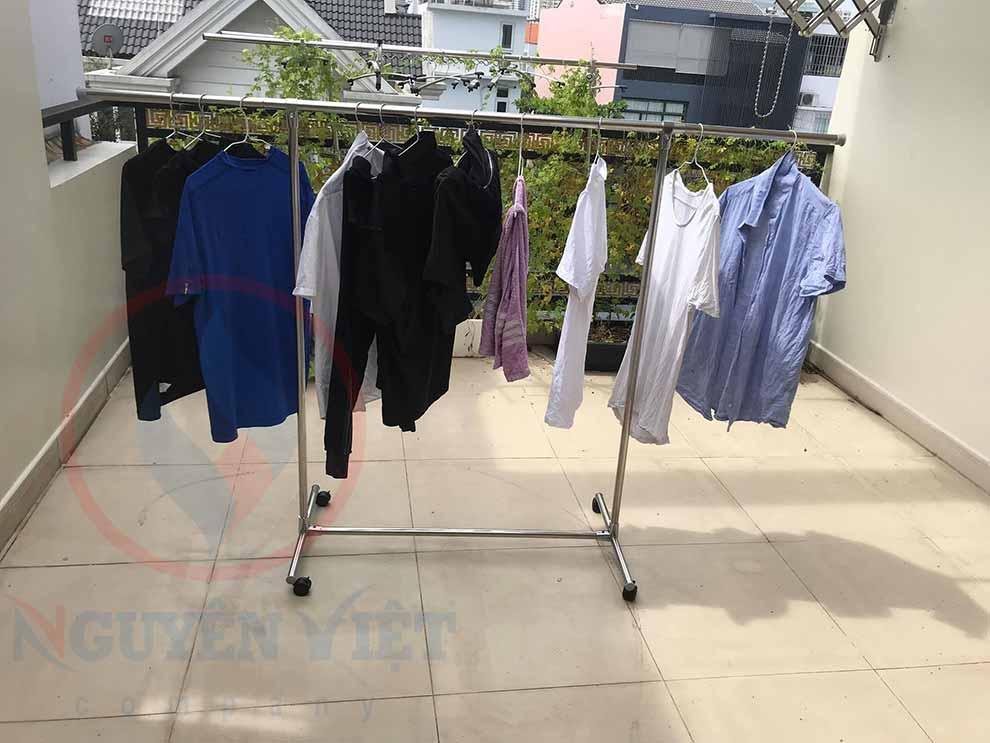 giá phơi quần áo thông minh